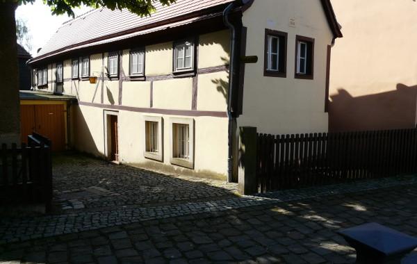 Friedrich Wieck Straße 17+19